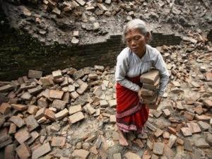Con la maglia diamo un piccolo aiuto al Nepal