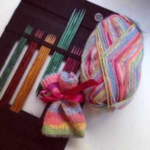 Knitting Academy: Gioco di Ferri o Ferri a Due Punte